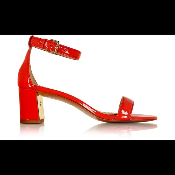 cd6349175 TORY BURCH Cecile Pepper Red Leather Heel Sandal. M 5aefa94131a3761a5100c883